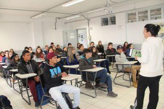 MÊS DO MEIO AMBIENTE – ESTUDANTES PARTICIPAM DE OFICINA SOBRE O MANEJO DO PINHÃO