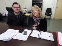 Secretária Odila Waldrich com Claiton Camargo diretor de regulação e gestão de informação.