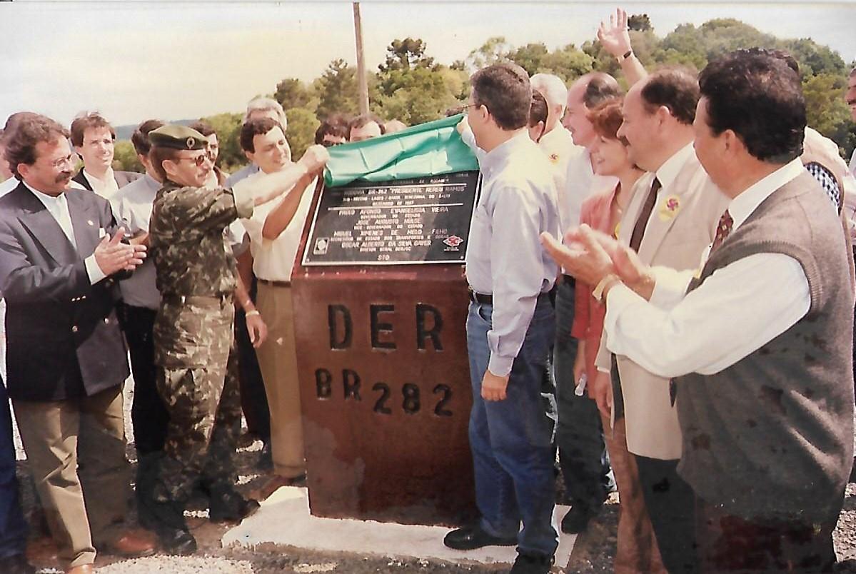 Paulo Afonso - Inauguração do trecho BR 116 à entrada do Salto