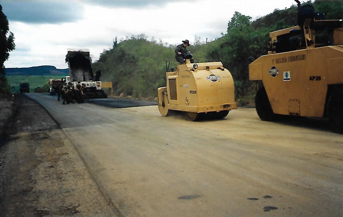 OBRAS DAS RODOVIAS CATARINENSES TEM AS DIGITAIS E AMIN – BR 282 e Esterada da Serra do Rio do Rastro foram seus desafios.