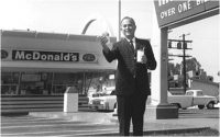 ray-kroc-with-burger