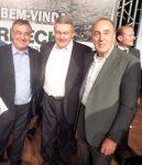 Governador Colombo e Prefeito Ceron destacam a importância da Berneck na cadeia produtiva florestal. Na foto com o Presidente da empresa Gilson Berneck.