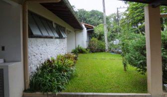 DESENVOLVIMENTO É UMA QUESTÃO DE CULTURA – Em SC há propriedade que é um jardim. A grama dá até fome no sujeito.