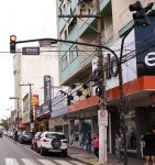 Como era a rua Correia Pinto em frente a Havan.
