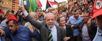 ASSEMBLEIA DE SC REVOGA TÍTULO DE CIDADÃO HONORÁRIO DE LULA – Honraria foi aprovada em 2008 e entregue em 2018, 15 dias antes da prisão.