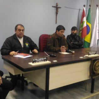 ASSOCIAÇÃO DOS UNIVERSITÁRIOS É ATENDIDA – São Joaquim garante transporte a universitários