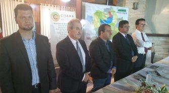 MUNICÍPIOS GANHAM MAIS VISIBILIDADE PELA AMURES- Prefeito Vilmar Neckel (presidente), Thiago Costa (Cis-Amures) e Evandro Pereira (Cisama), são os novos comandantes das ações.