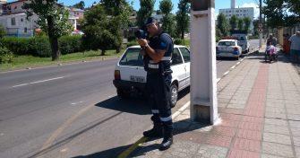 RADAR PEGA QUEM DESRESPEITA FAIXA DE PEDESTRE, LAGES/SC – Autoridades permitem divulgar monitoramento para que motorista saiba antes.