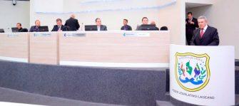 CÂMARA INICIA ANO LEGISLATIVO COM CASA CHEIA- Presidente Vone quer se aproximar dos bairros via entidades e igrejas.