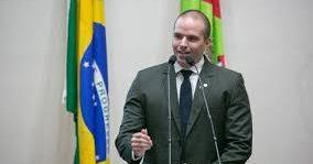 DEPUTADO SUGERE IMPLOSÃO DA PONTE HERCÍLIO LUZ, EM FLORIANÓPOLIS/SC – Jessé Lopes/PSL, é da CPI que investiga suspeitas de irregularidades na reforma dessa ponte.