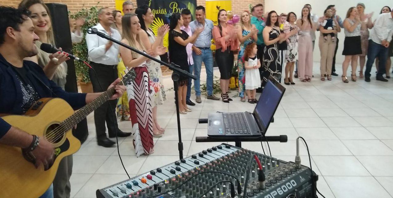 OS 13 ANOS DO SISTEMA FOREVER ÁGUIAS BRASIL DE CRICIÚMA – A festa de comemoração muito animada aconteceu hoje.