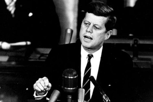 sp-Kennedy_Giving_Historic_Speech_to_Congress_-_GPN-2000-001658-533x300