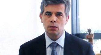"""CAI O MINISTRO DA SAÚDE – Teich disse: """"não aceitei ser ministro pelo cargo e sim pelo Brasil""""."""