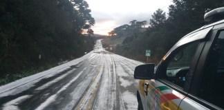 NEVA EM MAIS DE 10 PONTOS DE SC – Campos das Serras Catarinense e Gaúcha se vestem de branco/imagem sjonline; Sargento PM morre em acidente no gelo